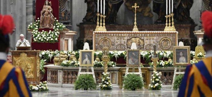 Pope at Vespers: The Lord is calling you to bear witness